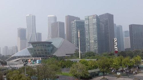 空气污染严重危害健康 人类如何自救?