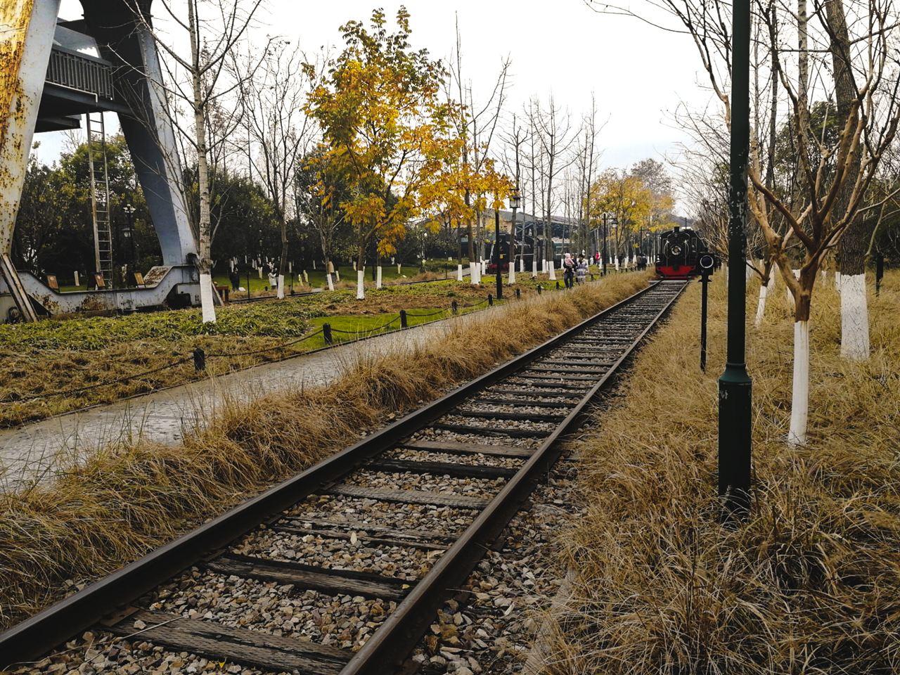 仪器视角:中国的铁路承载着自主科研的重量